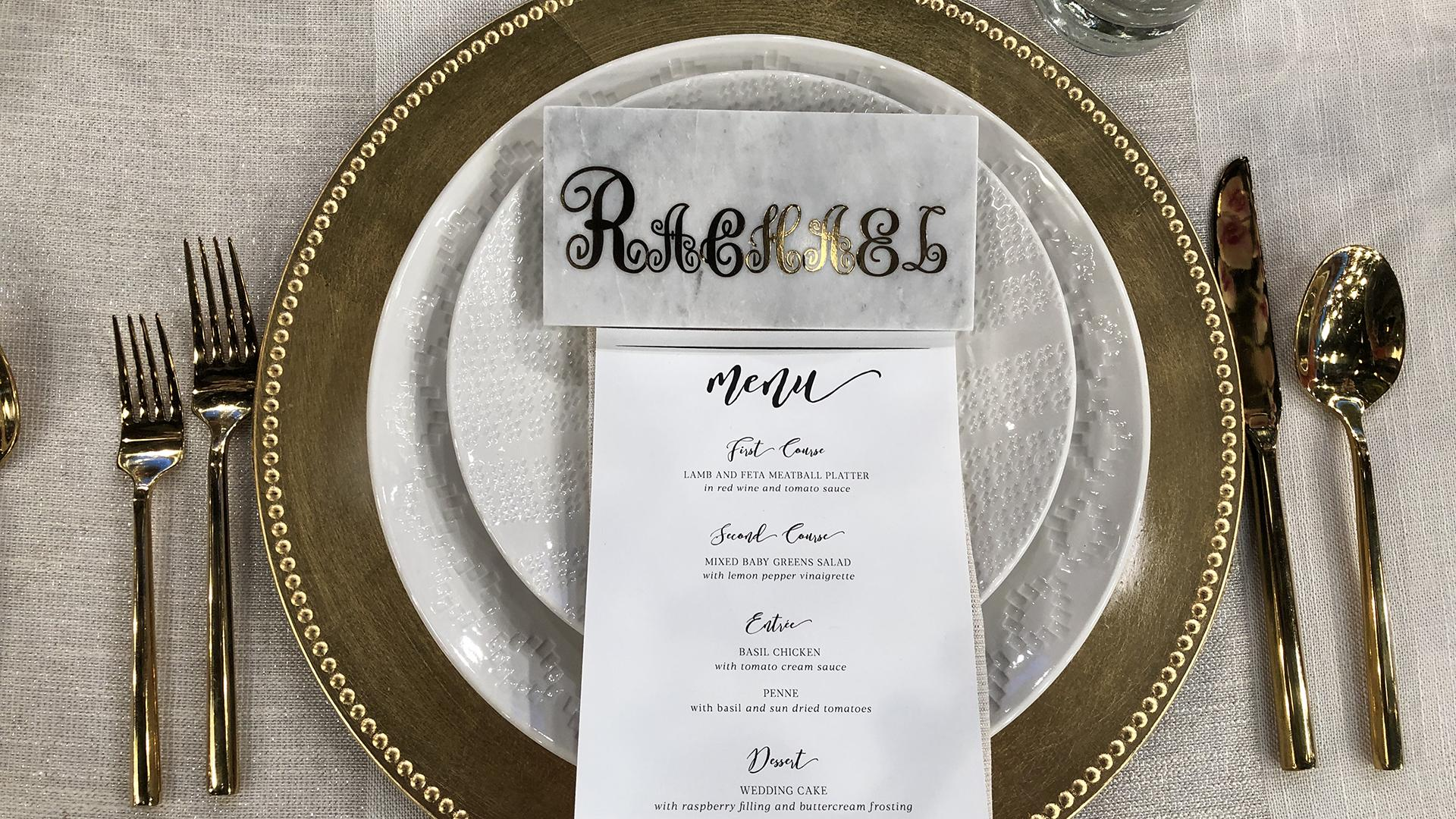 2 Paperless Diy Wedding Seating Chart Ideas Escort Board Marble Place Cards Rachael Ray Show