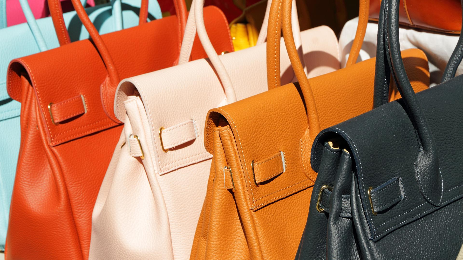 4f4fed3c930f 5 Things To Consider Before Buying a Handbag